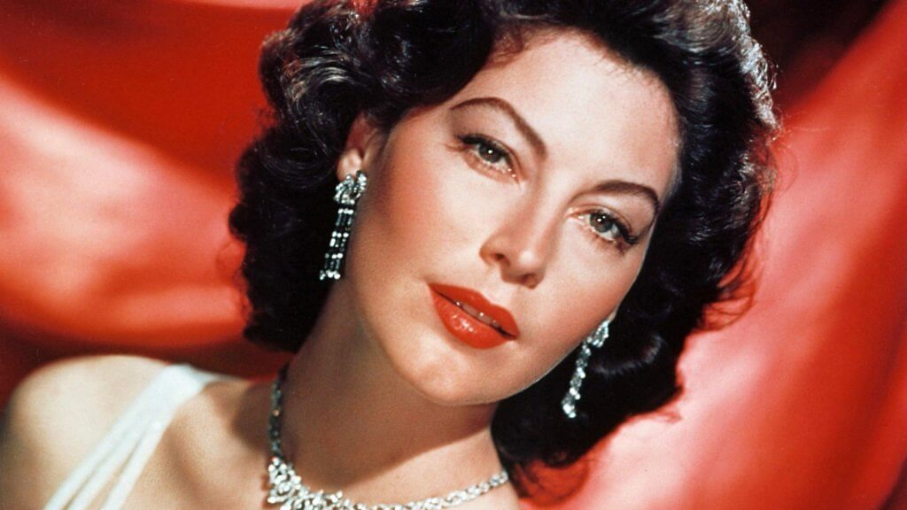 6 phrases d 39 ava gardner qui nous feront r fl chir nos pens es. Black Bedroom Furniture Sets. Home Design Ideas