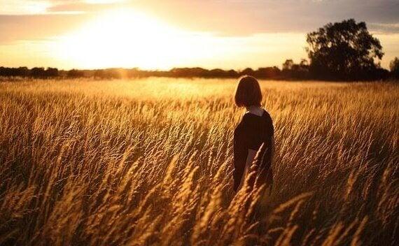 Affrontez vos émotions les plus sombres pour être heureux