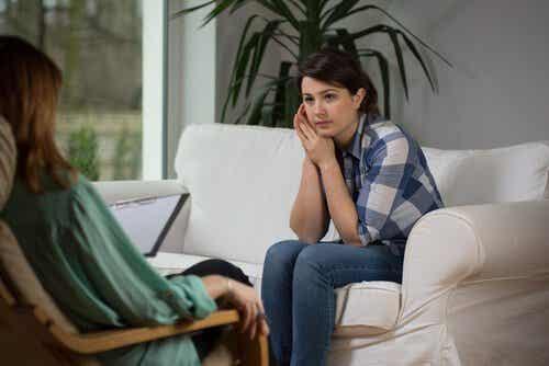 Les psychologues, des personnes aidant à traduire des pensées et des émotions
