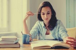 Étudier en lisant