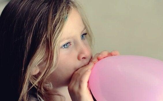 La technique du ballon pour les enfants, ou comment favoriser leur relaxation d'une manière amusante