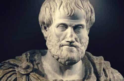 Le complexe d'Aristote, ou la tendance à se sentir meilleur que les autres