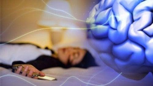 cerveau et insomnie technologique