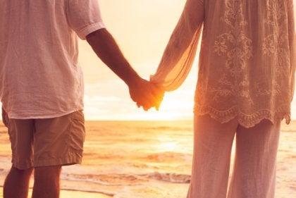 la relation d'un couple lorsque les enfants ont quitté le nid : syndrome du nid vide