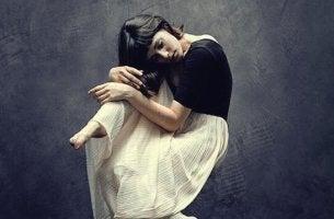 cacher nos émotions