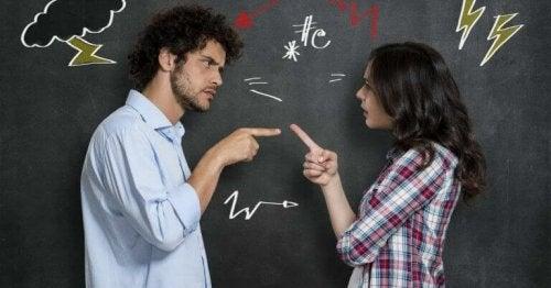 manipulation psychologique dans une conversation de couple