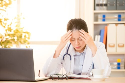 médecin avec syndrome de burn-out