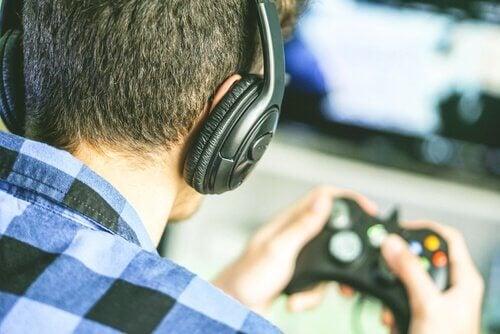 homme touché par le trouble du jeu en ligne