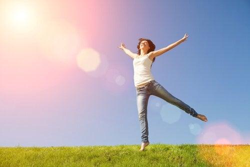 femme connaissant les ingrédients du bonheur