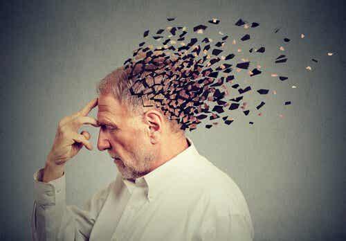 Déficit cognitif léger: causes et symptômes