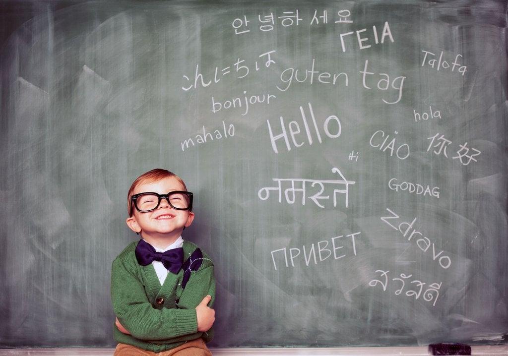 Le bilinguisme: avantages et conditions