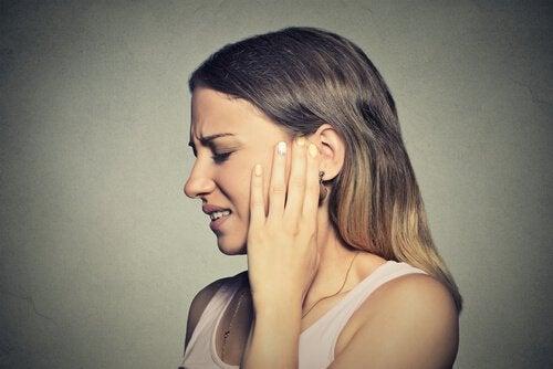 douleurs dues à l'acouphène