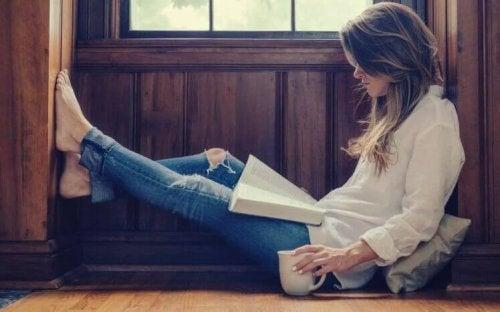 7 bénéfices de lire au quotidien