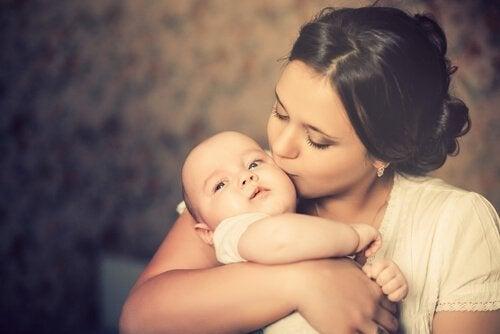 mère et son bébé