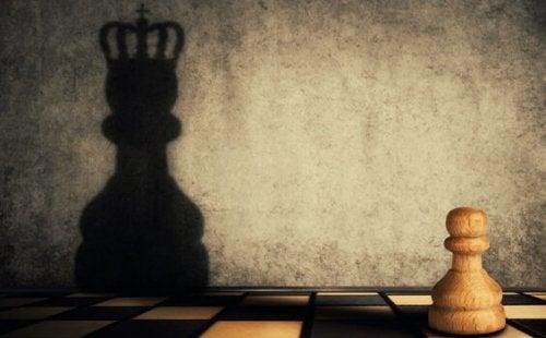 Le double visage de l'ambition : le manque et l'excès