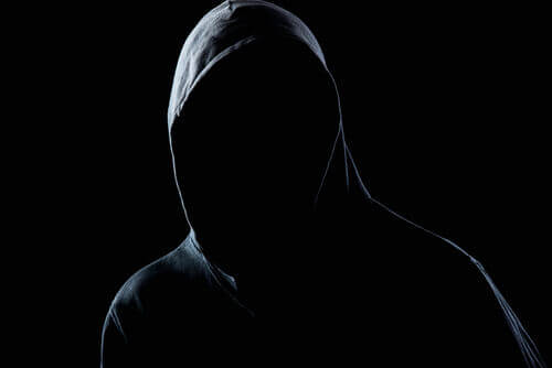 Comment se construit la personnalité d'un agresseur ?