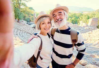 Les gens sont souvent plus heureux à l'âge médian