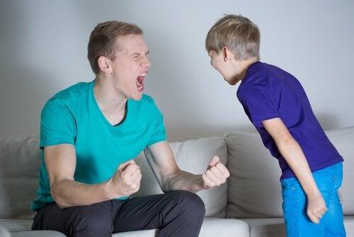 crier sur ses enfants