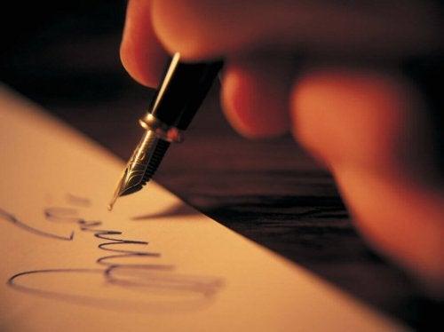 écrire dans le cadre de l'art-thérapie