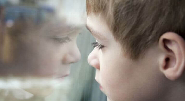 Est-il bon d'édulcorer la réalité de nos enfants?