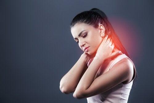 Qu'est-ce qu'un coup de fouet cervical et comment y faire face ?