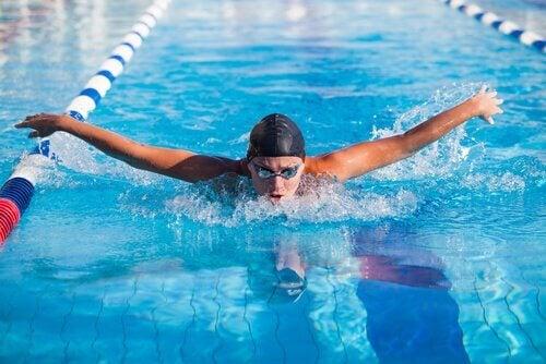 5 avantages psychologiques de la natation