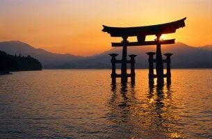 origine de la mort selon la mythologie japonaise