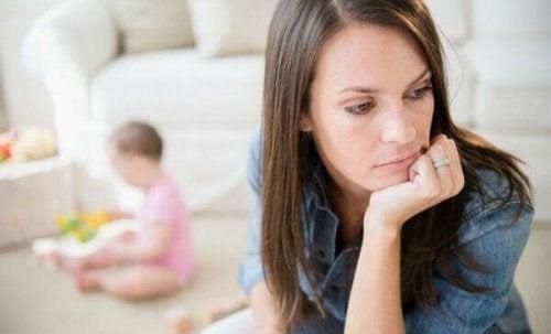 dépression post-adoption chez une mère