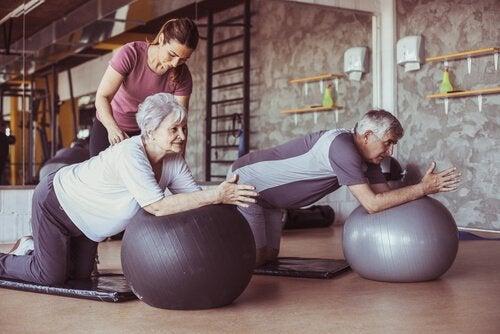 4 bénéfices de l'activité physique chez les personnes âgées