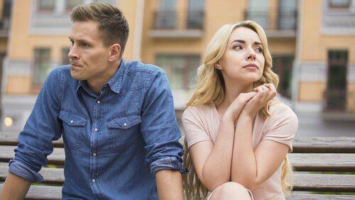 la monotonie peut mettre fin à l'amour de couple