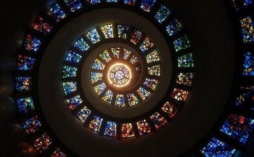 vitraux d'église et délire mystique