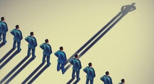 Fusion d'identité : la relation entre l'identité personnelle et l'identité sociale