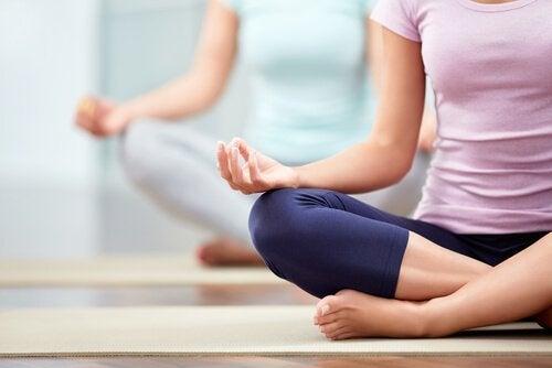 Le Hatha Yoga : caractéristiques et bénéfices