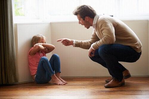 l'éducation des enfants et des parents