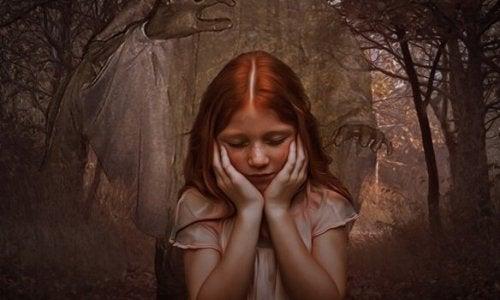 Filles de mères narcissiques: un lien d'égoïsme et de froideur