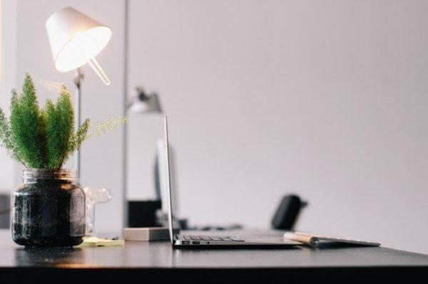 absentéisme au travail en raison d'un environnement professionnel toxique