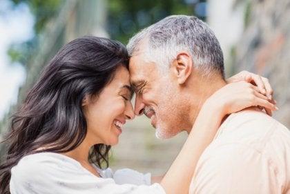 l'amabilité et le contact visuel dans une relation