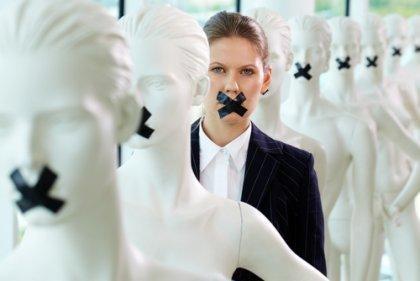 critiques du leadership féminin