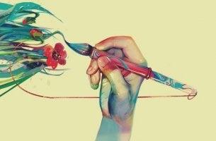 main qui dessine