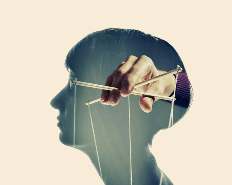 Personnes manipulatrices: quatre caractéristiques