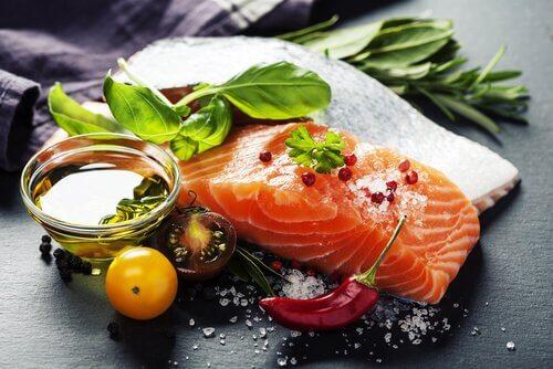 le saumon évite le brouillard cérébral