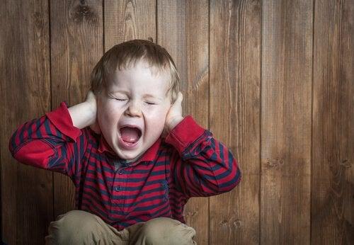 Pouvons-nous transformer les crises de colère en opportunité éducative ?