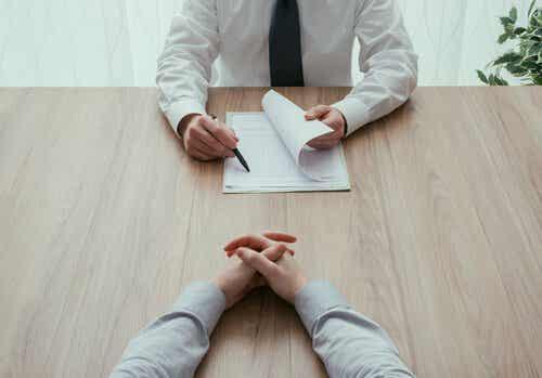 Que ne faut-il pas demander dans un entretien d'embauche ?