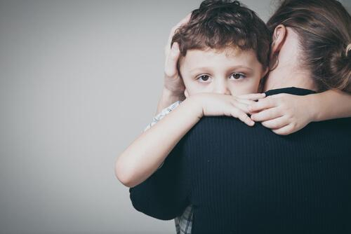 Anxiété infantile : symptômes et traitement