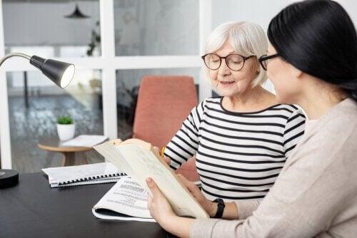 Le bilinguisme aide à prévenir Alzheimer
