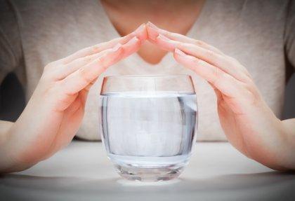 boire de l'eau pour réguler la température corporelle