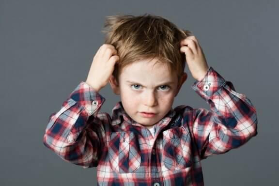 La trichotillomanie dans l'enfance : le trouble de l'arrachage de cheveux