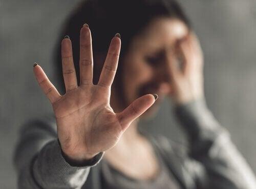 femme victime de violence sexuelle