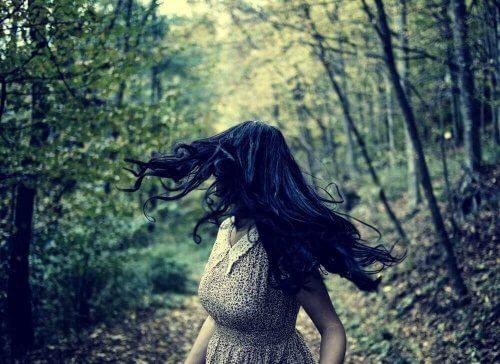 femme qui a peur