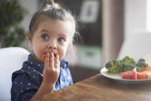 L'importance d'apprendre aux enfants à bien manger